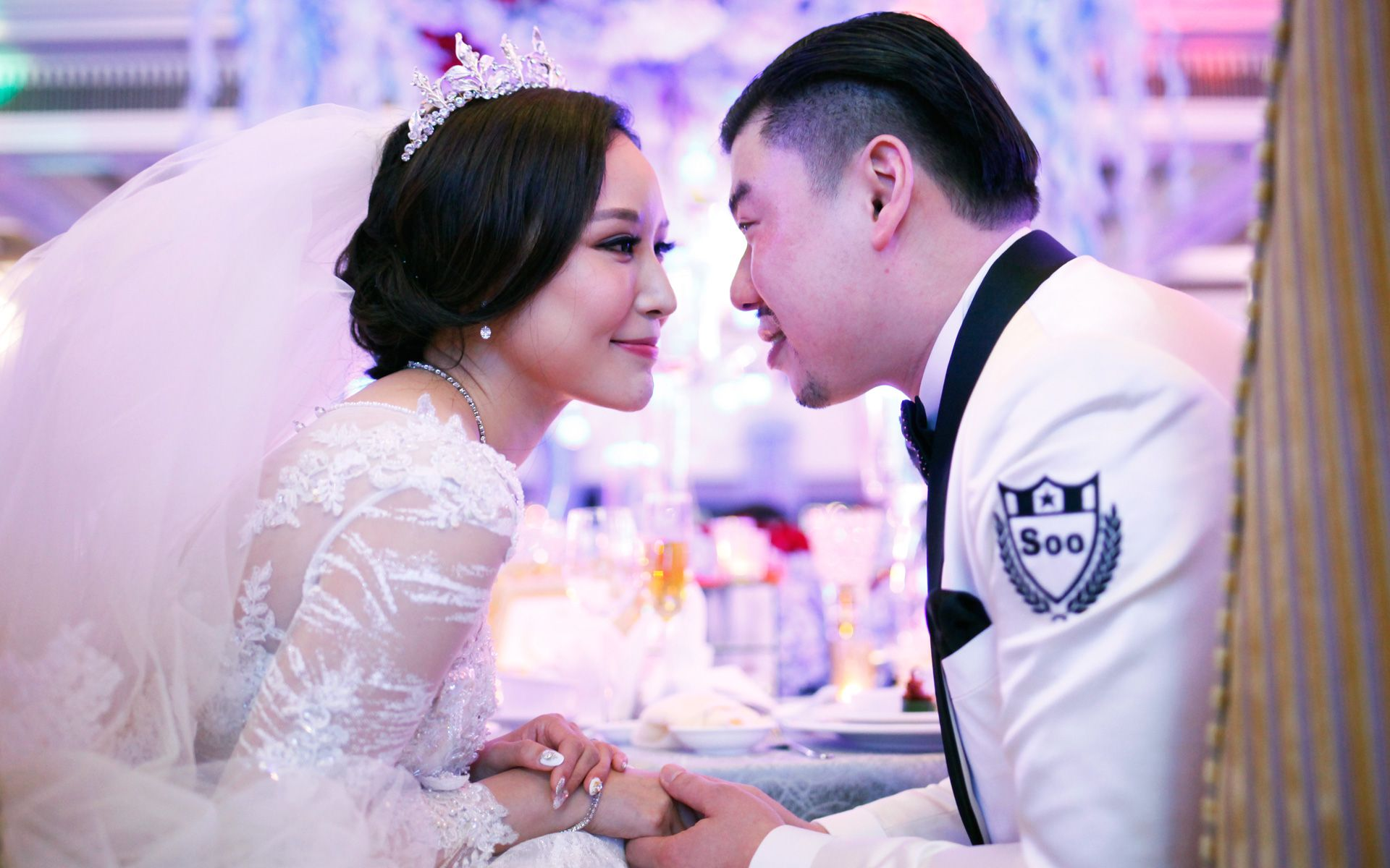 Tunku ismail wedding cakes