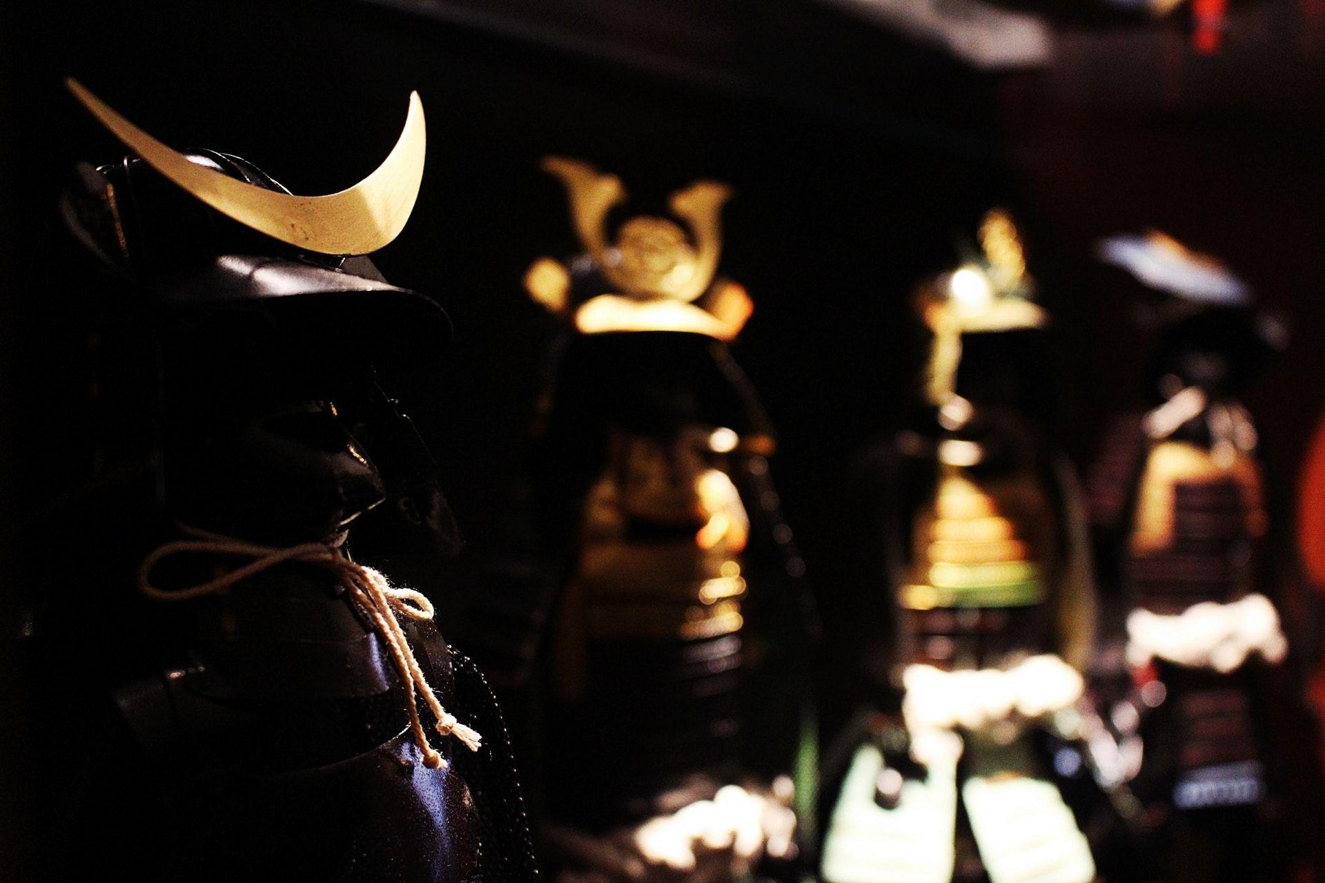 Samurai figurines in Kenshin bar