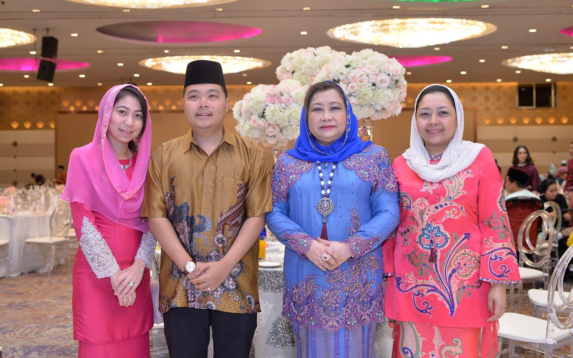 Tengku Datin Indera Mai Nurliyana, Tengku Dato' Indera Aidy Ahmad Shah, Tengku Puteri Seri Lela Wangsa Pahang and Tengku Dato 'Indera Madina Kamilia
