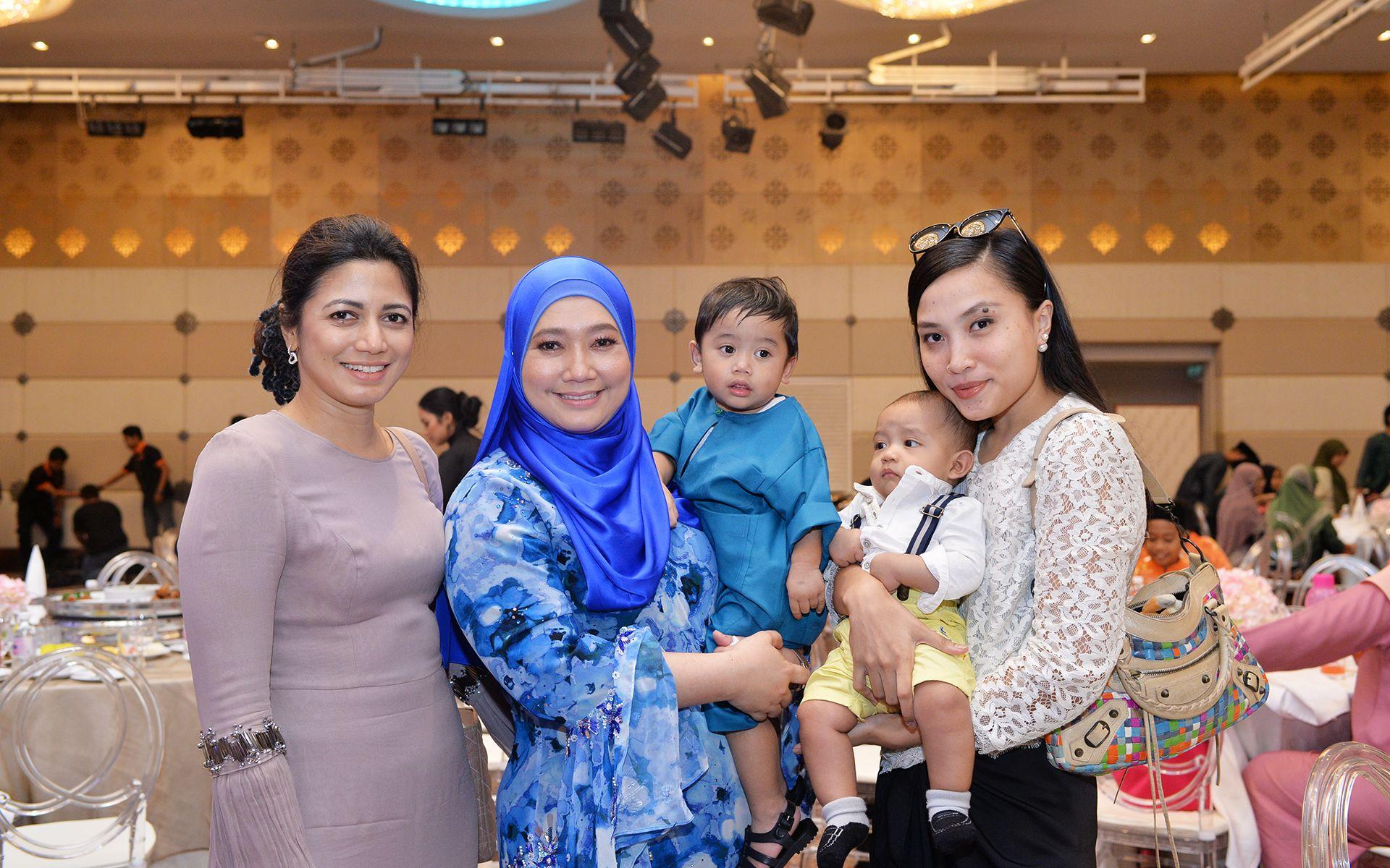 Zalifah Zakaria, Dato' Nazimah Hashim and Ais Rashid
