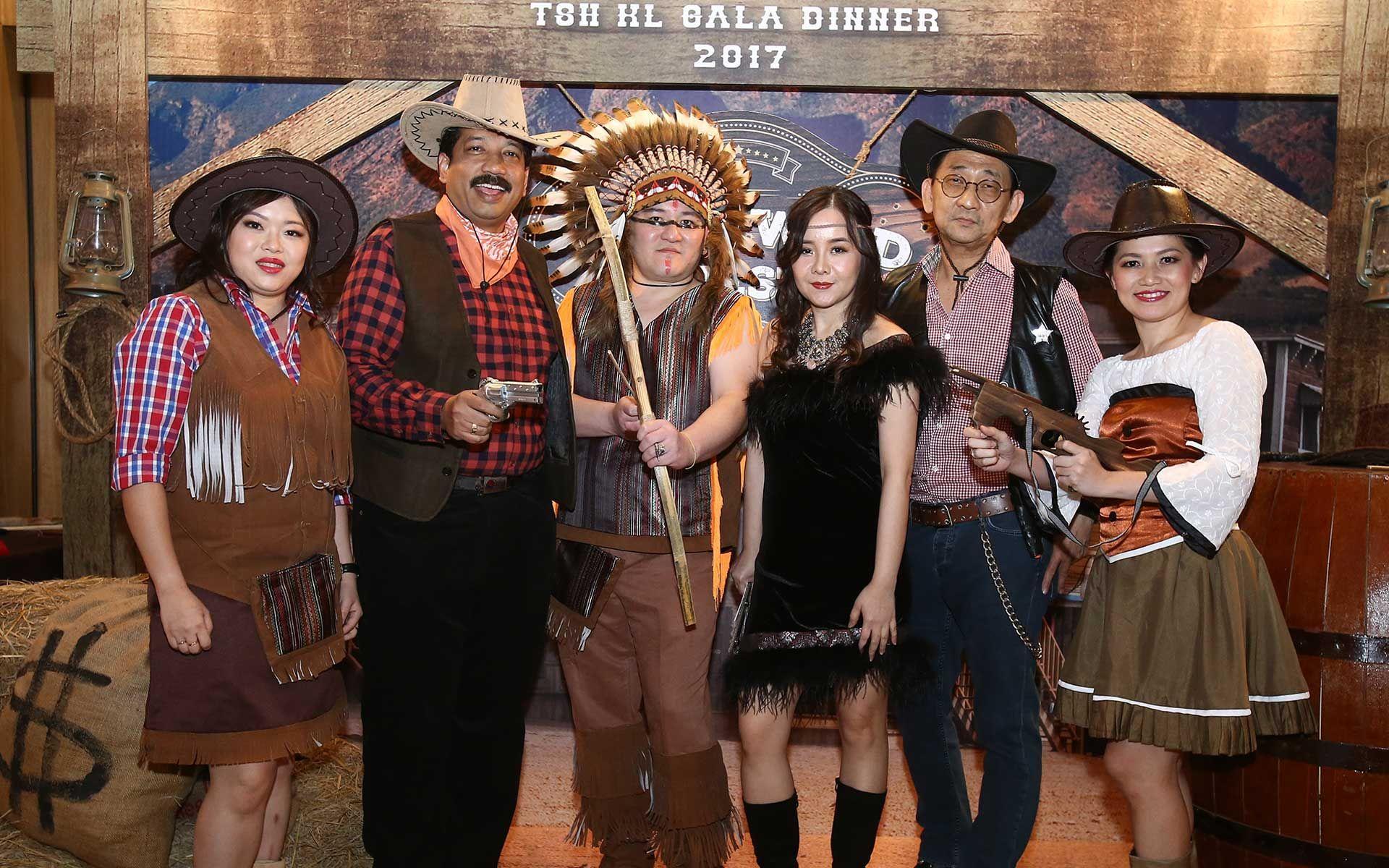 Kathryn Tan, Thambirajan Pillai, Sam Ang, Jean Cheng, William Tan and Carmen Low