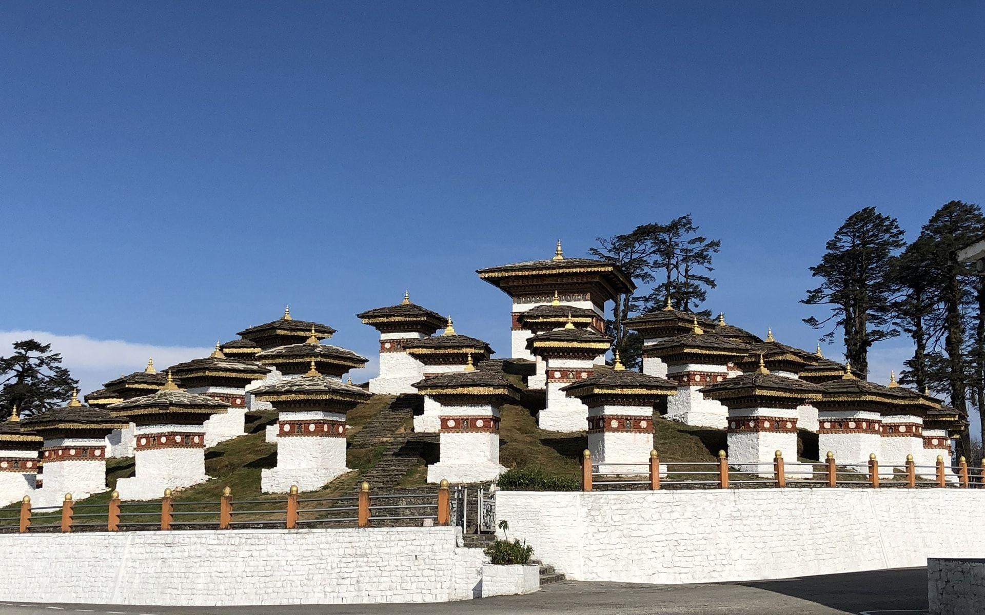 Druk Wangyal Chortens, 108 Stupa
