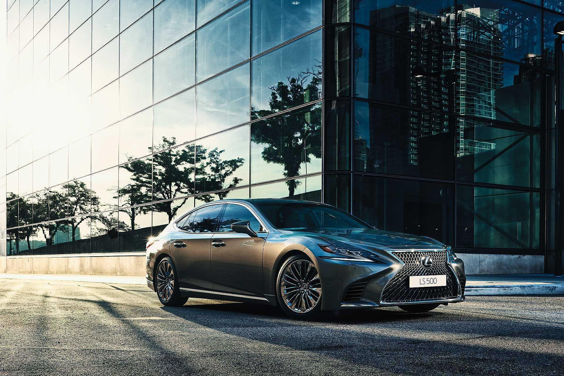 Lexus LS Executive Hybrid