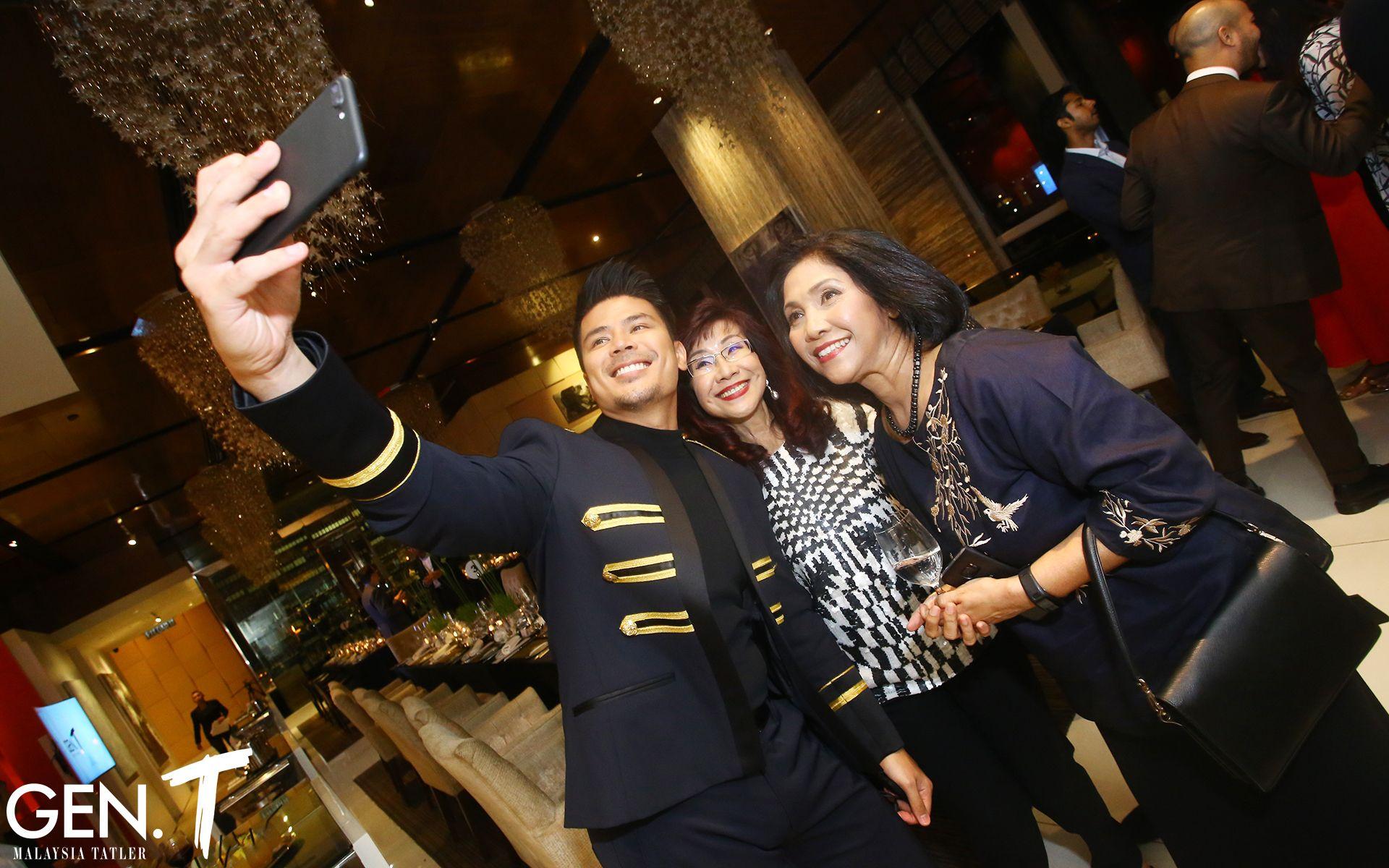 Awal Ashaari, Florence Fang and Datuk Munirah Abdul Hamid