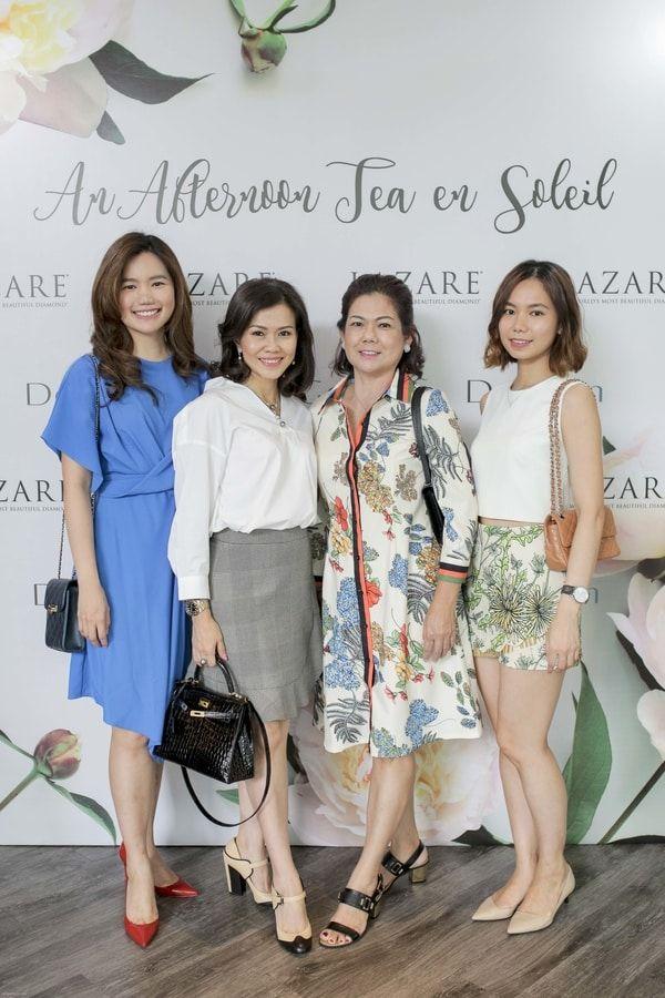 Jia Jia Leou, Audrey Loh, Sim Hui Leng and Jia Wen Leou