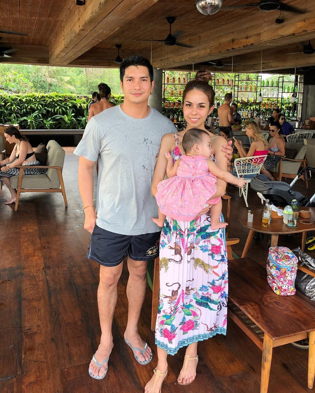 Kim Raymond & Keith Foo 2018 jan first family holiday