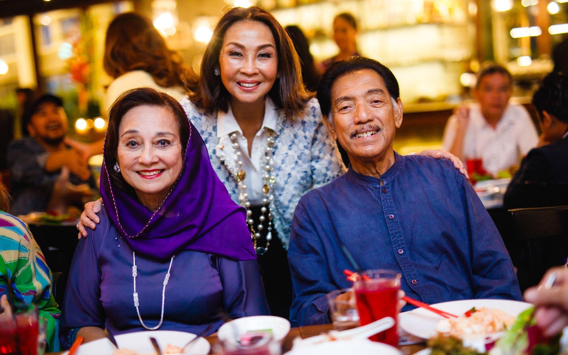 Tunku Dara Tunku Tan Sri Naquiah, Dato' Seri Farah Khan and Tunku Datuk Mudzaffar