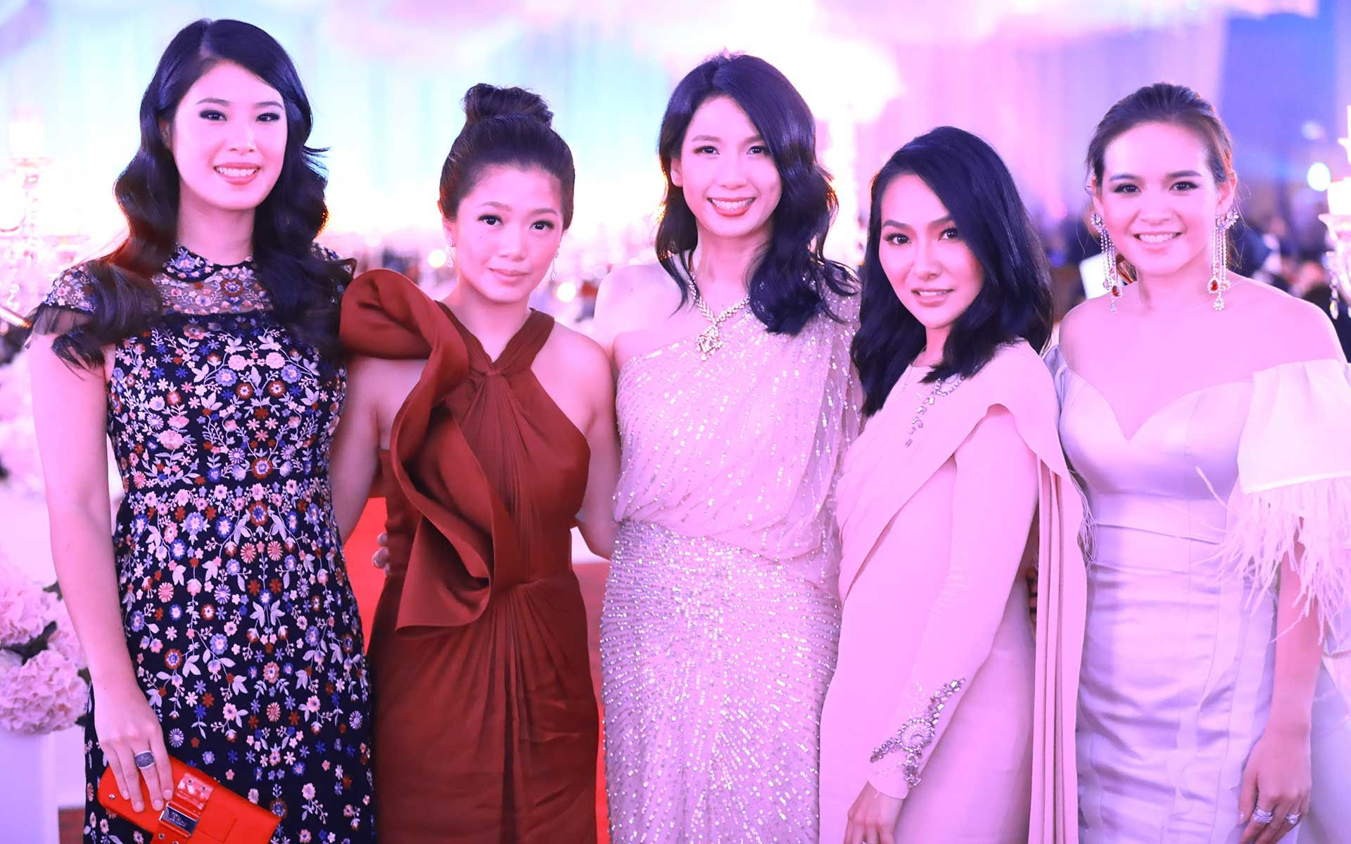 Juvene Goh, Lim May Jian, Diana Tan, Lee Yin Yen and Melissa Sin