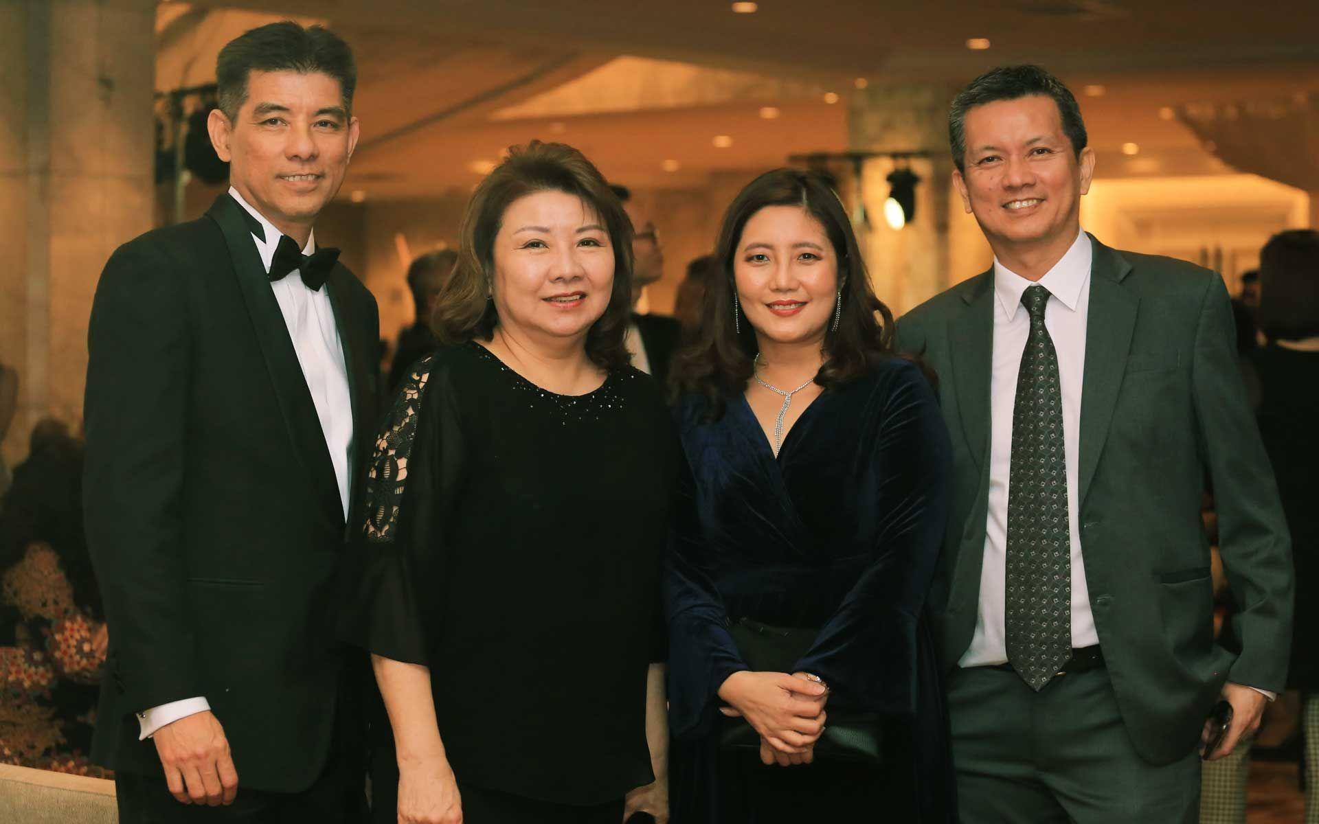 Chuah Eng Khoon, Datin Joanne Chuah, Annie Wong and Chuah Eng Thiam