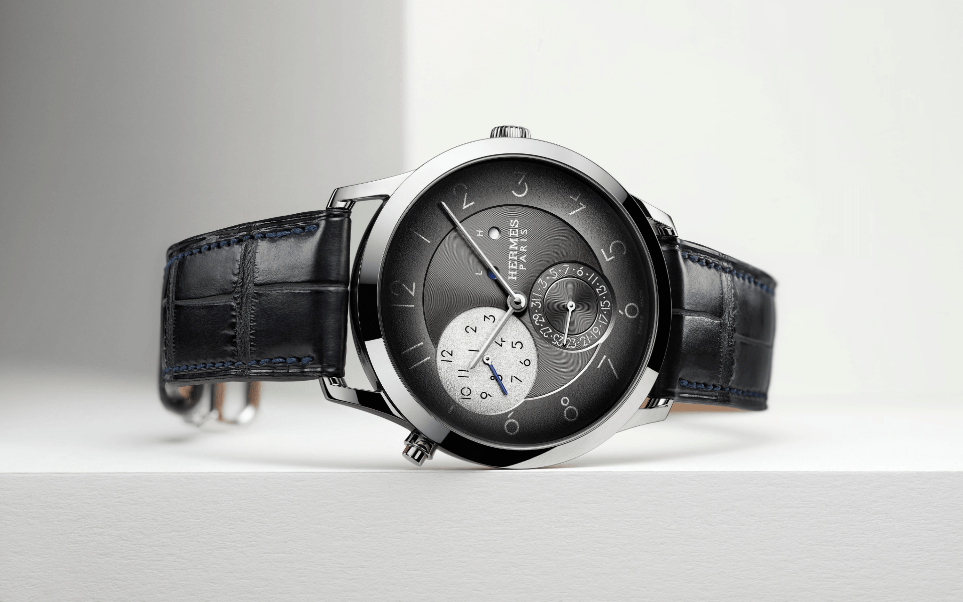 The modern functionality of Slim d'Hermes GMT (Photo: Hermes)