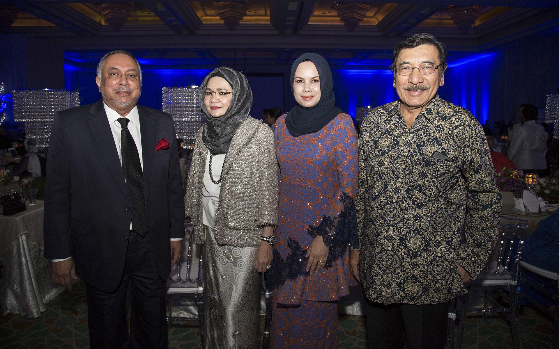 Tan Sri Zainul Azman, Puan Sri Nora Shariff, Datin Seri Dottie Kamaluddin and Dato' Seri Khalil Akasah