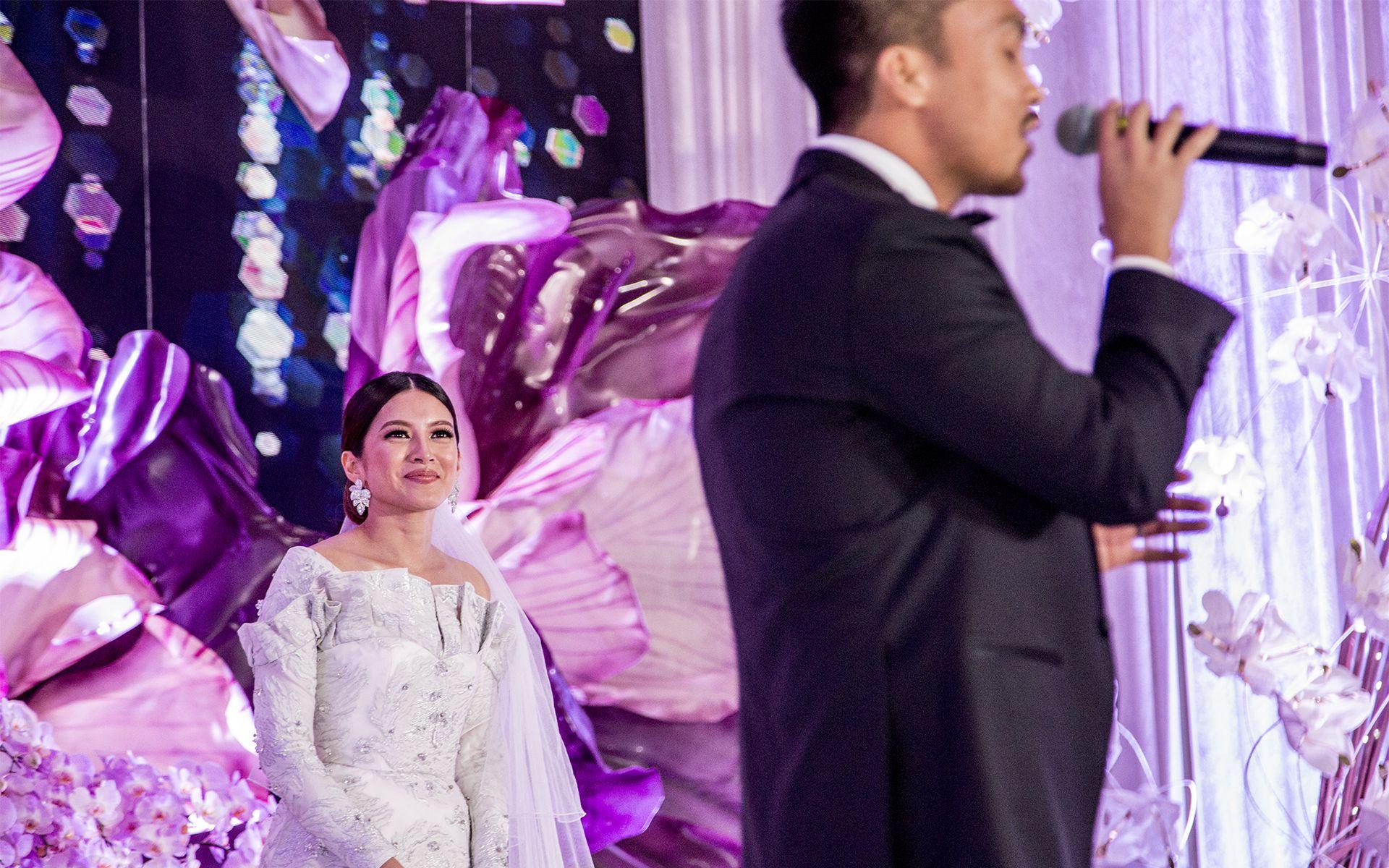 Tasha Fusil being serenaded by her talented groom, Arfiz Ghaus