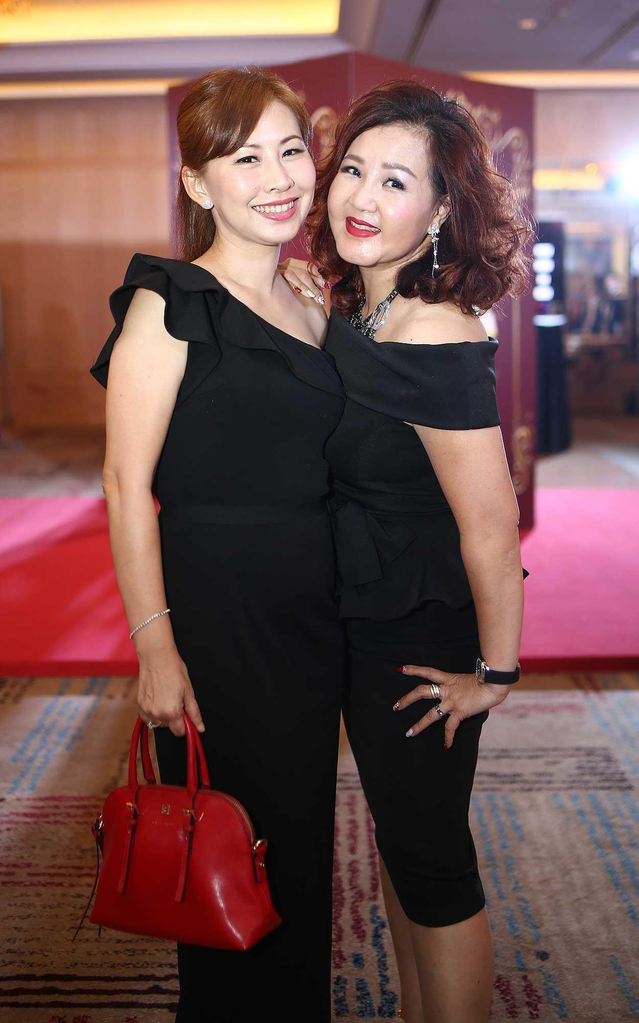Vivian Soong and Joan Lee