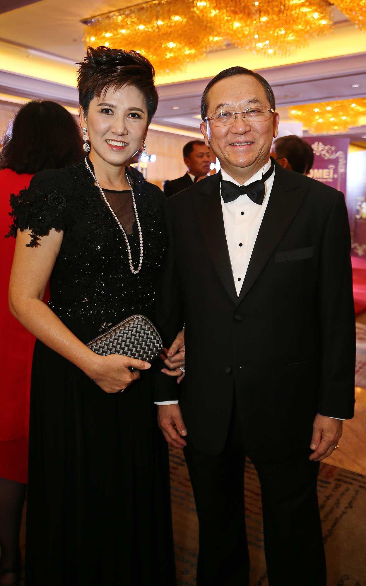 Puan Sri Sulvian Leong and Tan Sri Dato' Sri Leong Hoy Kum