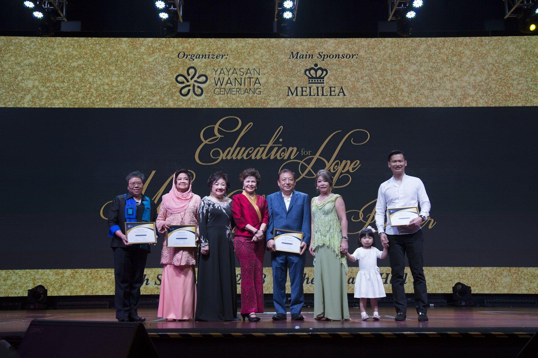 Beh Swan Swan from ENE Selangor, Datin Paduka Dr Faridah Abdullah, Datin Rosalind Lee, Tan Sri Dato' Sri Dr Ng Yen Yen, Teong Teck Lean from GDex, Dato' Dr Stella Chin and Dato' Eng Yee Koon