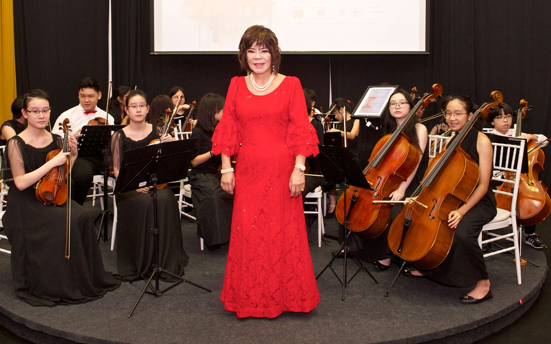 Winnie Cheah and Symphonia Fantasia