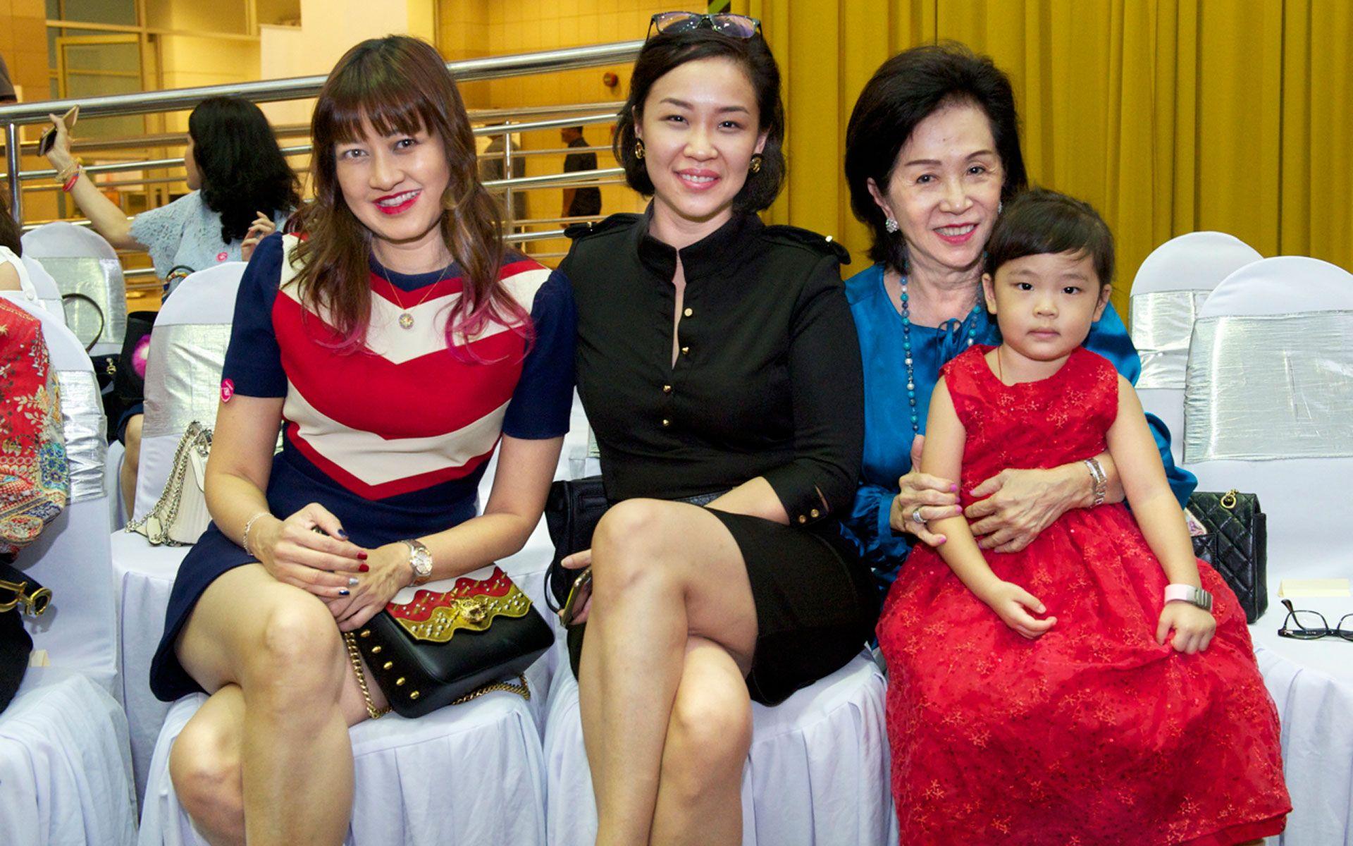 Datin Meera Sen, Kay-Lim Kim, Datin Sandra Kim and Lim Rae-Lyn