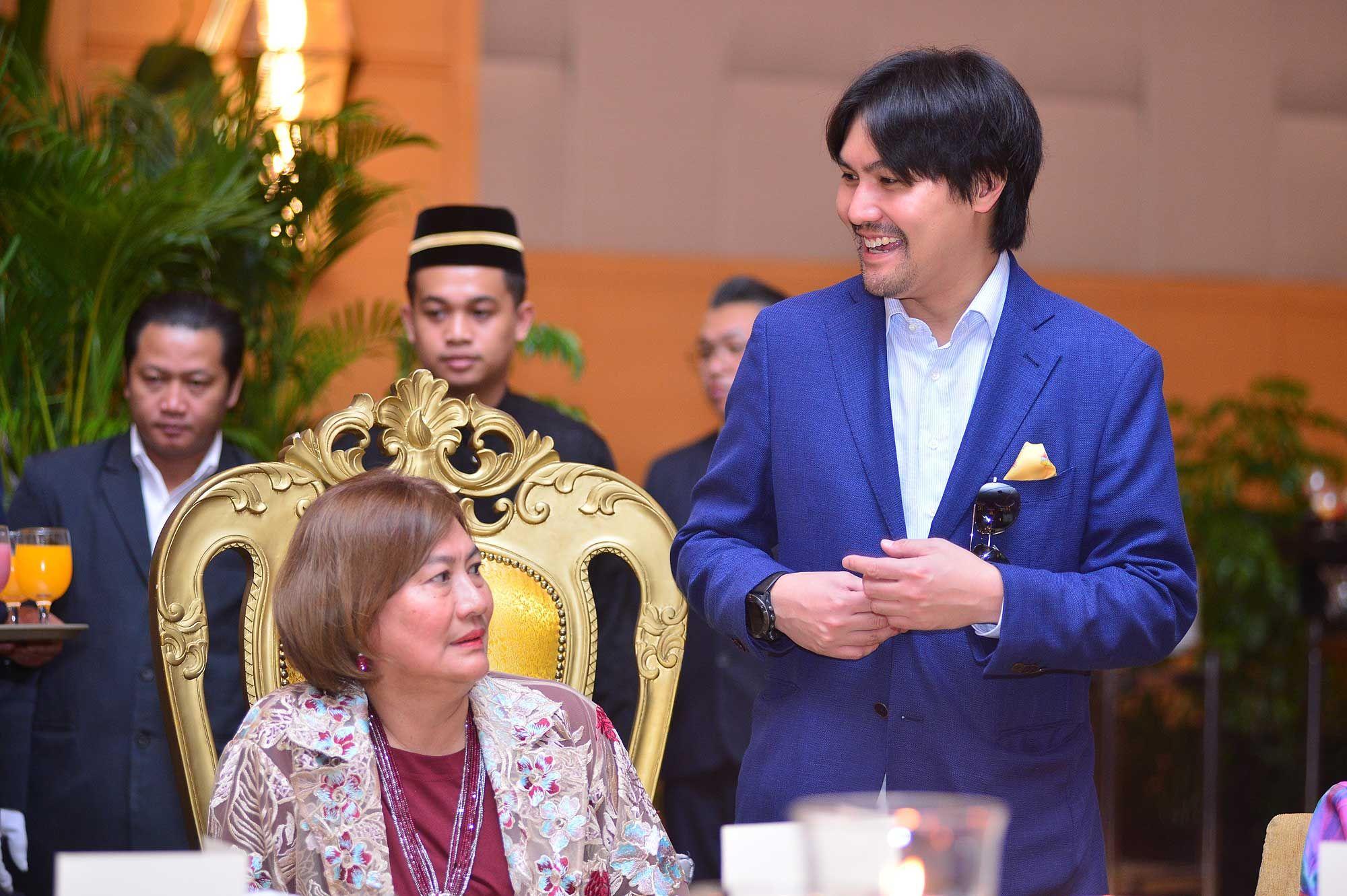 Tuanku Aishah Rohani and Tunku Ali Redhauddin
