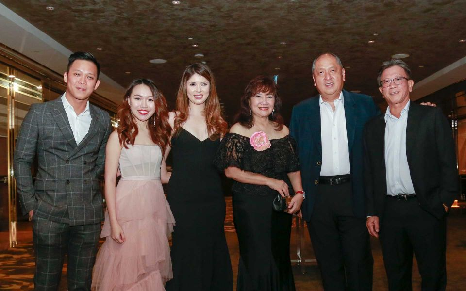 Justin Chew, Megan Lim, Yong Mei Ling, Dato' Rosemarie Wee, Dato' Kevin Yong and Dato' Dr Steven Tock