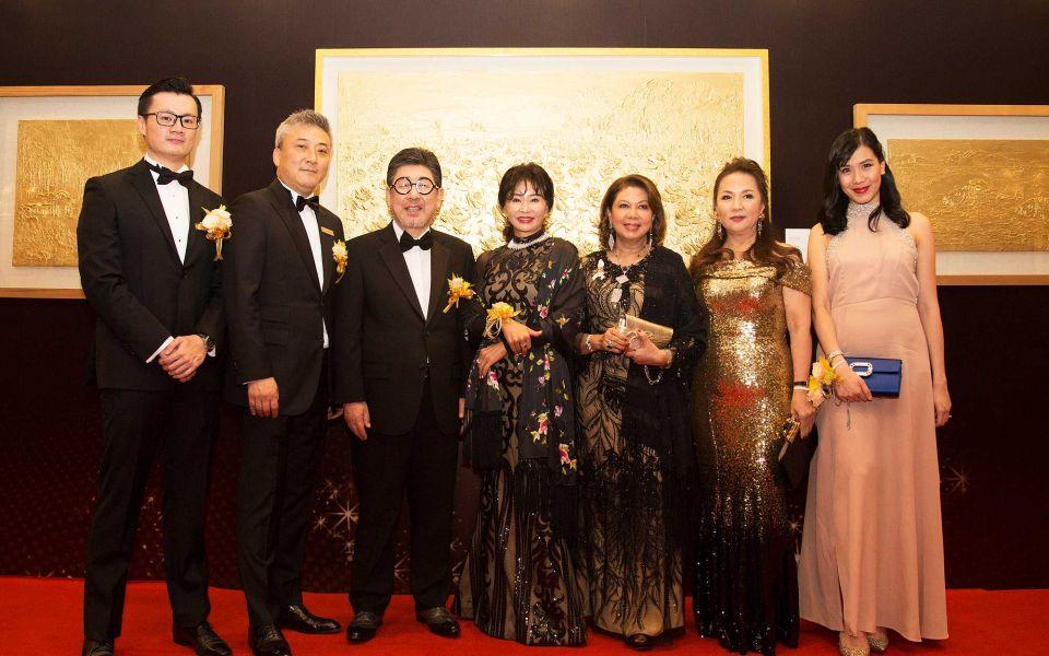 Michael Teh, Kevin Lee, Kim Il Tae, Jin Mi Ryang, Puan Sri Dato' Akmal Abdul Salam, Serena Chiam and Allyson Yeo