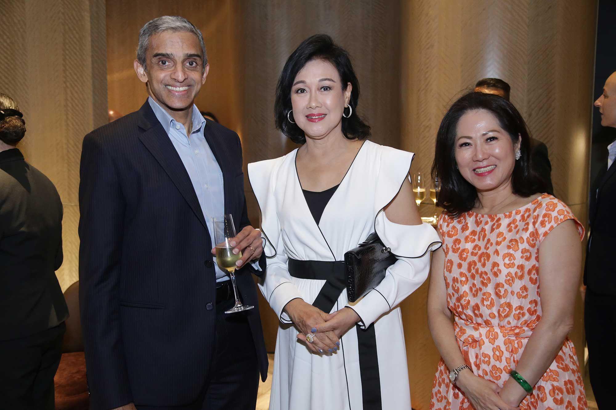 HE Vanu Gopala Menon, Puan Sri Ivy Tan and Datin Sri Lim Siew Swan
