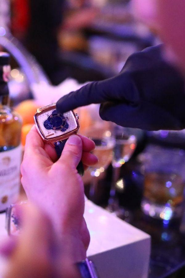 A closer look at HL Vagabonde Cortina Watch Edition