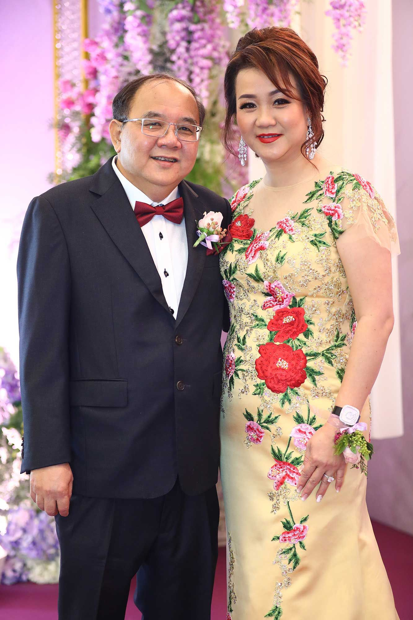The bride's parents, Chan Sun Cheong and Sally Chang