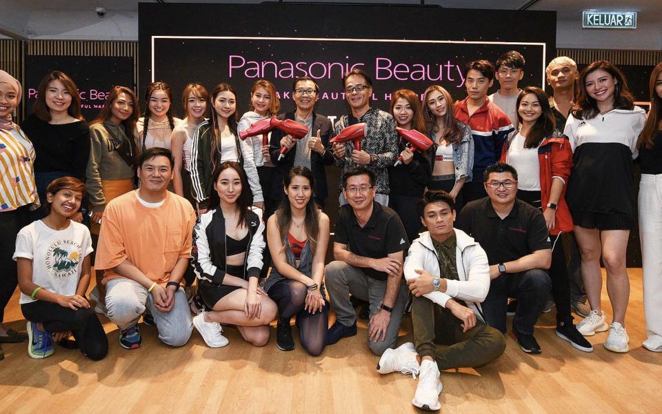 Panasonic Malaysia's upper management with guests. Photo: Panasonic Beauty Malaysia.