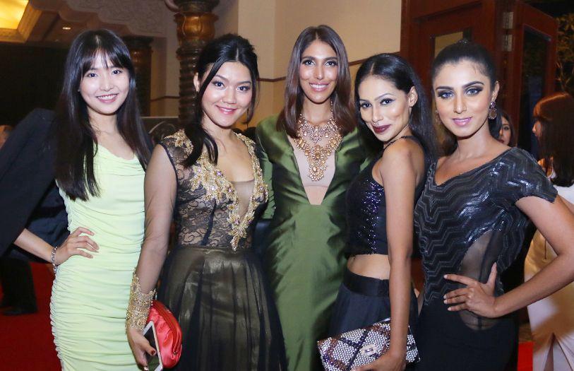 April Tang, Amanda Khong, Meera Maniar, Vaishnevi and Nisha Kumar