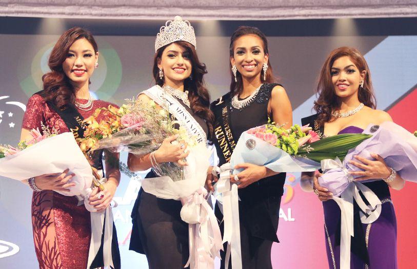 The top 4 winners of the night, Lina Soong, Kiran Jassal, Dhivya Dhyana and Swarna Naidu