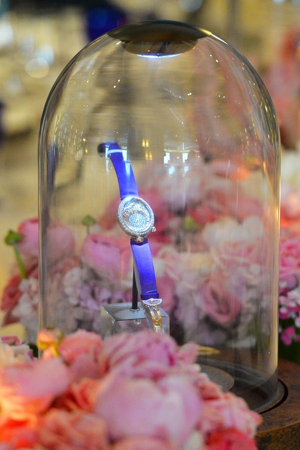 Over delicious food amidst a beautiful ambience elevated by Jo Malone scented candles, guests were shown Breguet's latest timepieces.