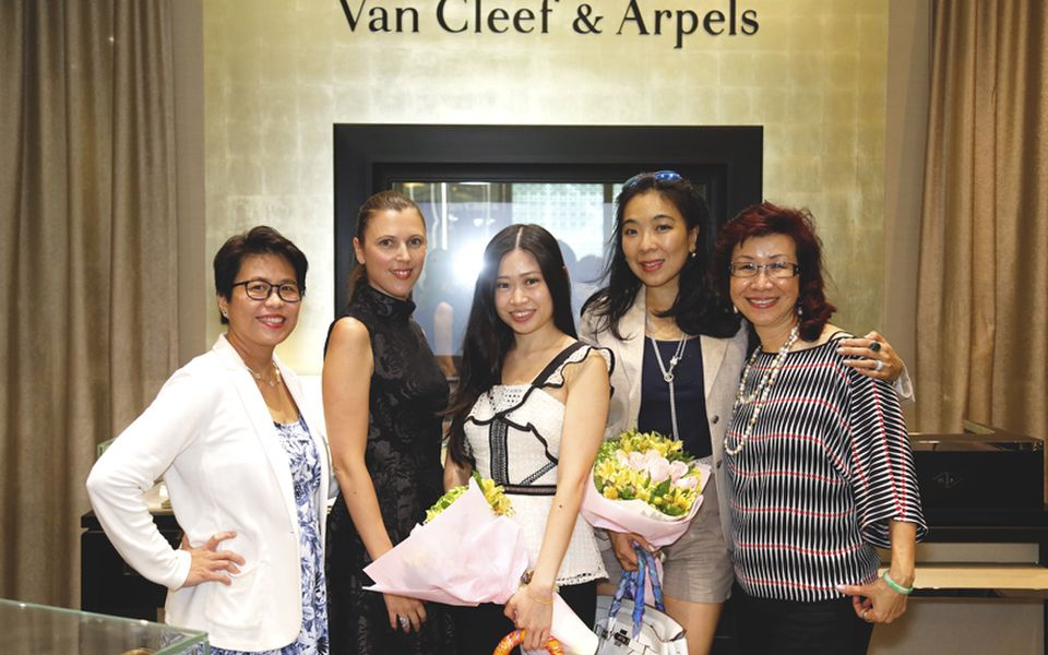 Elizabeth Soong, Charlotte Tanneur, Lim May Shen, Lim Wei-Ling and Florence Fang