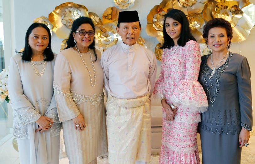 Dato' Seri Zahini Yusoff, Tengku Aishah Sultan Ahmad Shah, Tengku Tan Sri Abdullah Abu Bakar, Tengku Datin Seri Marsilla Abdullah and Datuk Raziah Mahmud-Geneid