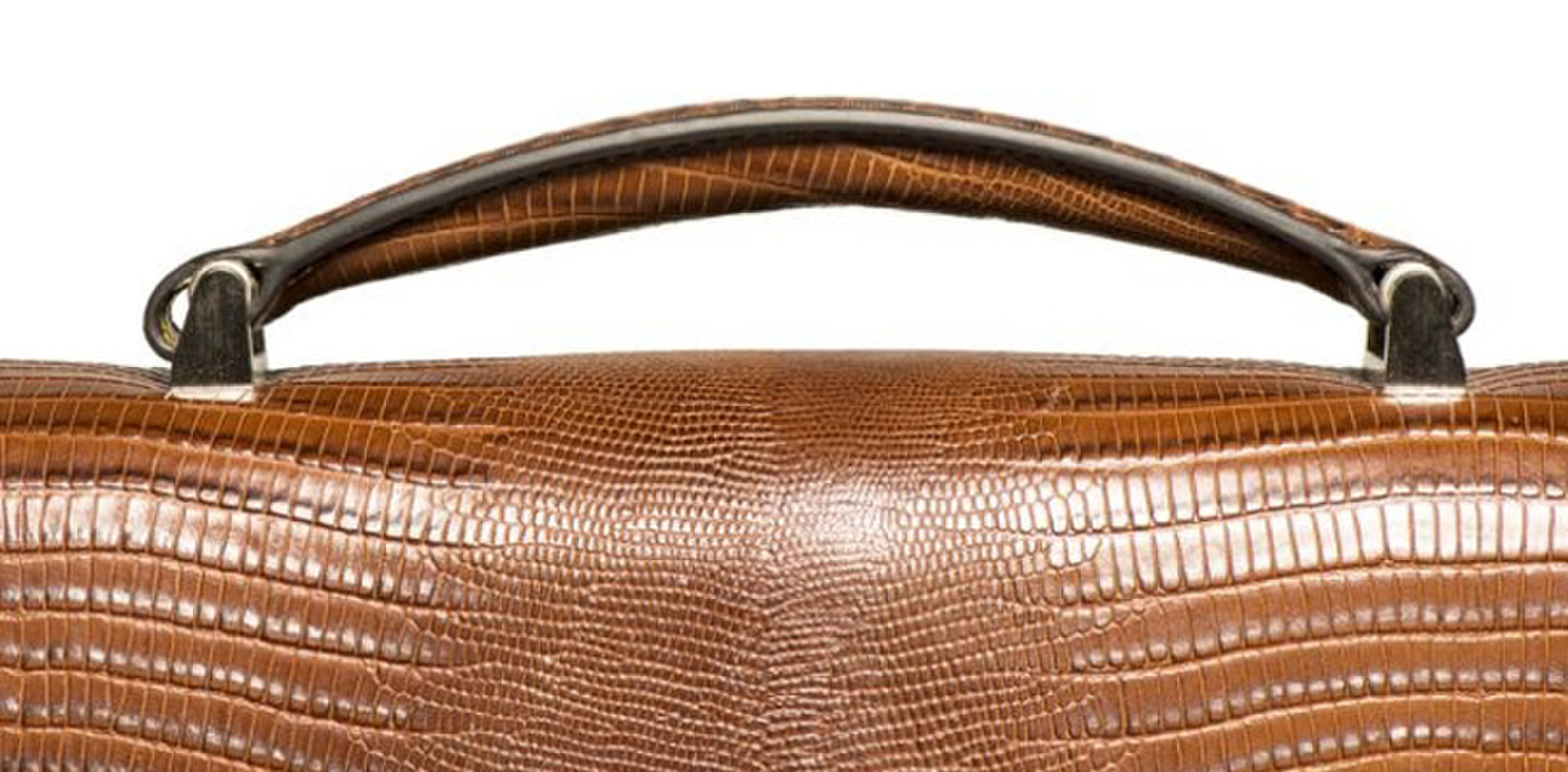 Websites Feed Frenzy For Second Hand Luxury Handbags