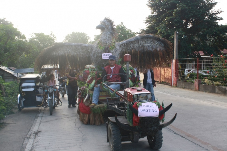 A Gab-E float by communities in Gabaldon. Photo by Municipality of Gabaldon, Nueva Ecija..jpg