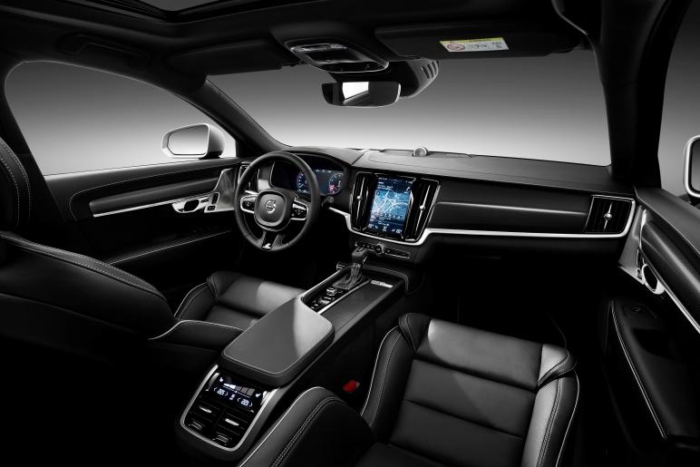Volvo_90Series_Interior.jpg