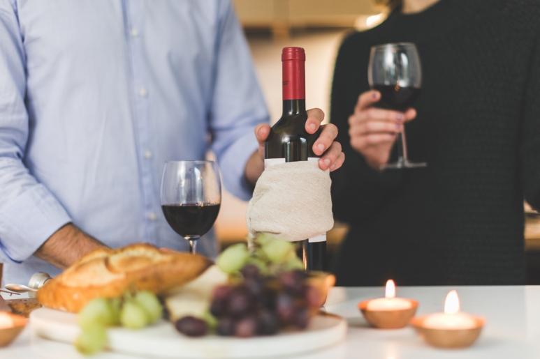 wine and people.jpeg
