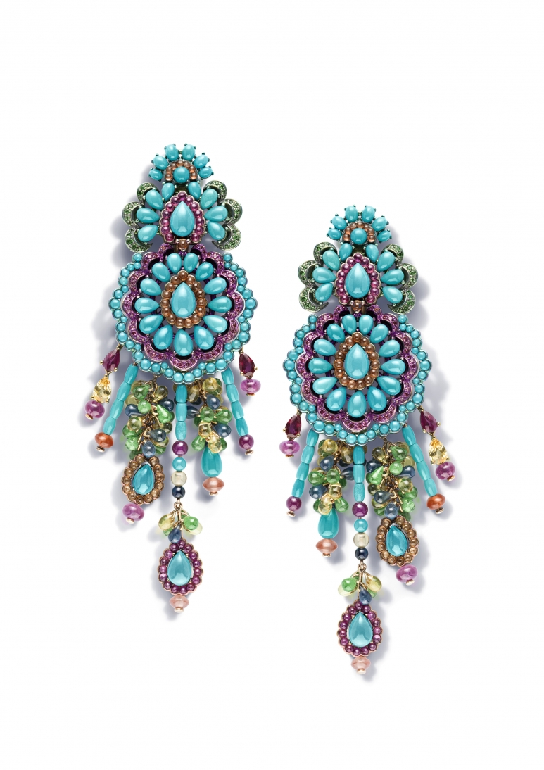 RIHANNA ♥ CHOPARD earrings 849979-9002 copie.jpg