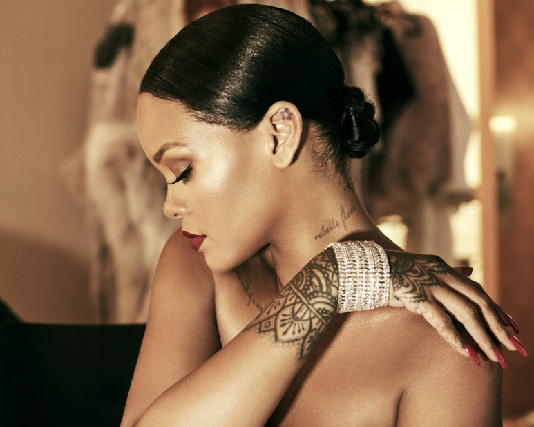 Rihanna wearing Rihanna ♥ Chopard Haute Joaillerie Collection (2).jpg
