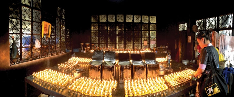 dharamsala-candles.jpg