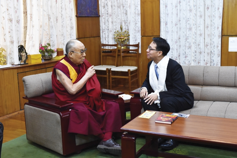 dharamsala-dalai-lama-curtis-chin-1.jpg