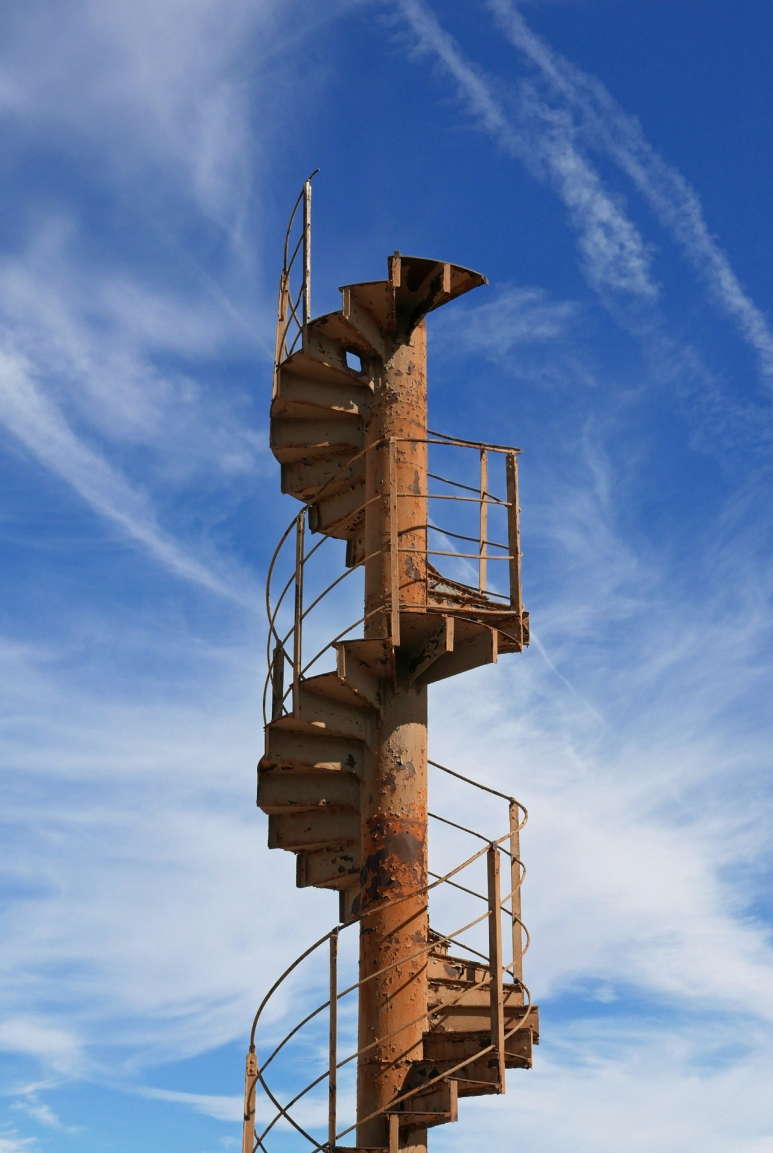 eiffel-tower-staircase.jpg