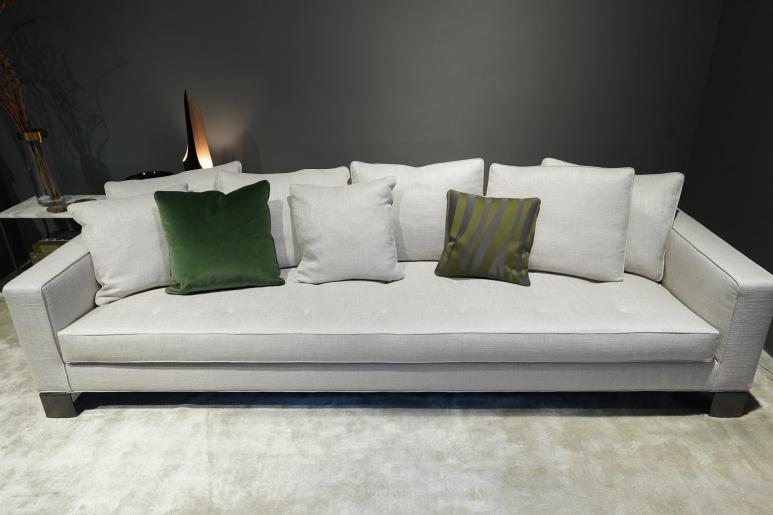 Pollock, the quintessential sofa as designed by Minotti.JPG