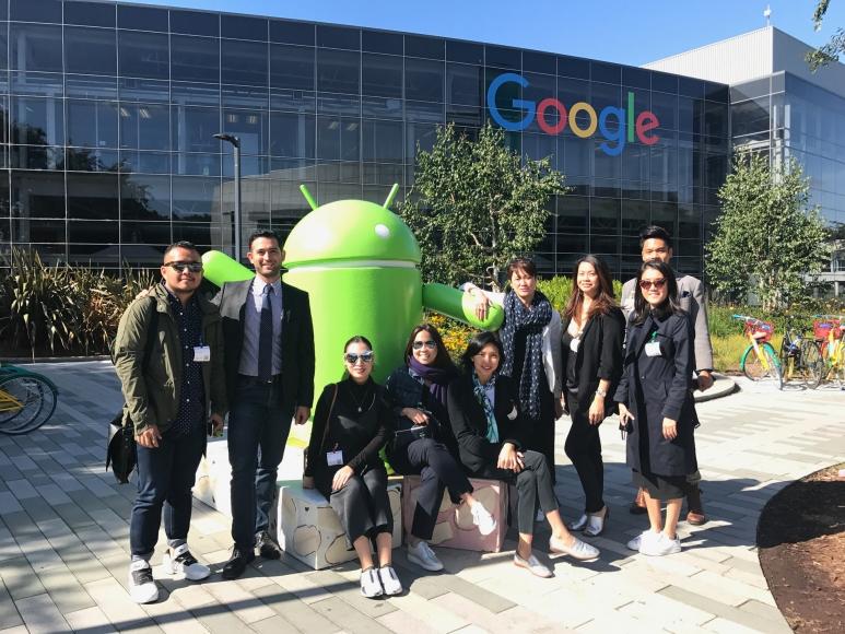 google-group-tour.jpg
