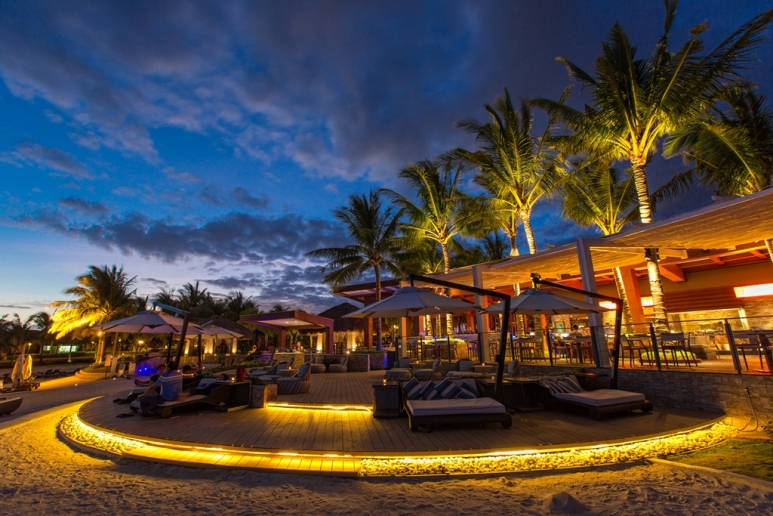 Azure Lounge.jpg