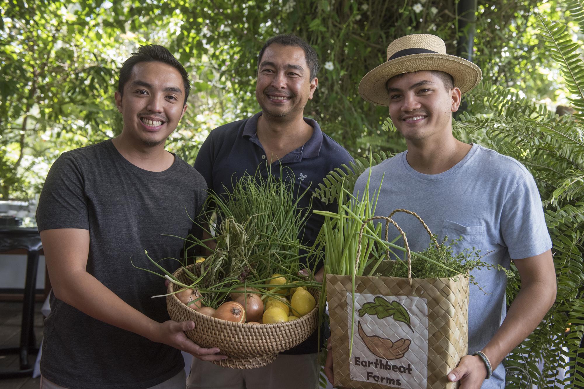 Antonio's - farmers.jpg (original size)