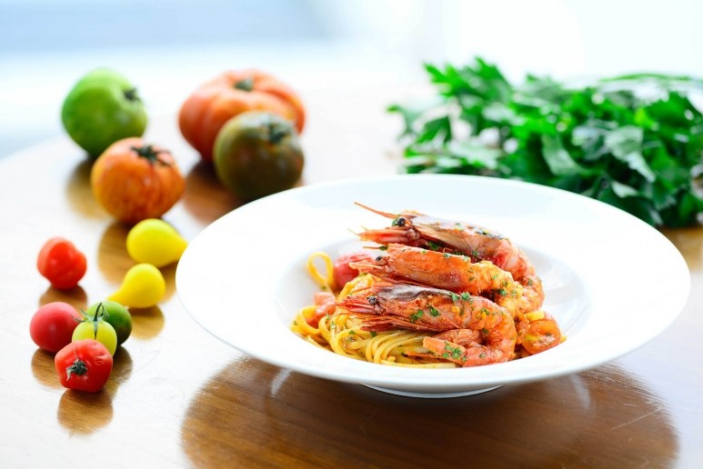 Linguine with Red Prawn and Fresh Cherry Tomatoes.jpg