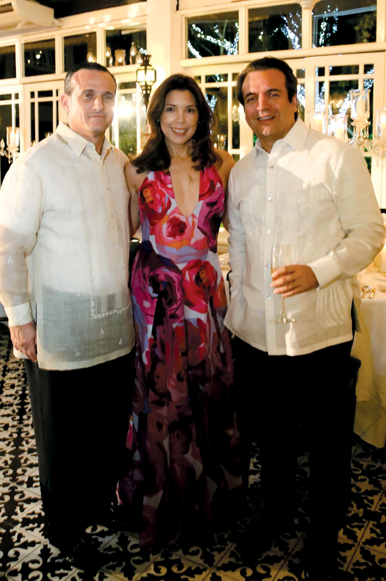 Santi and Marilen Elizalde, Alfredo Roca