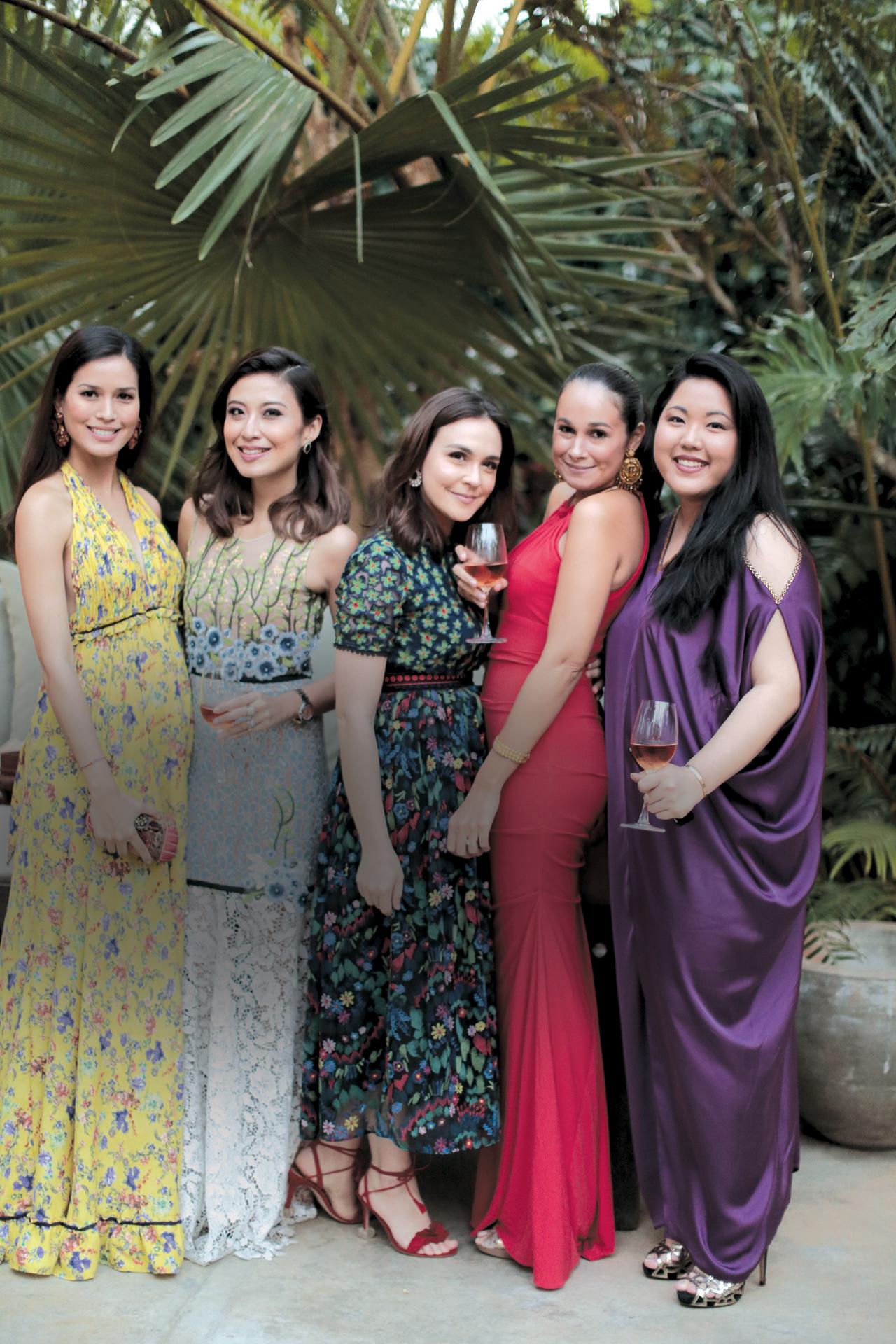 Jessica Kienle-Maxwell, Rossana Ocampo-Rodriguez, Sandra Peña Paradies, Georgia Schulze del Rosario, Isabel Martel Francisco