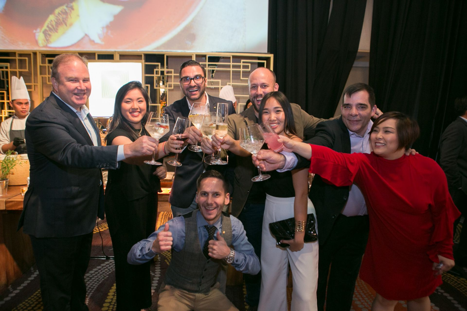 Three awards in one night - a toast to the Shangri-La at the Fort, Manila team with Isabel Francisco and Simon Cote